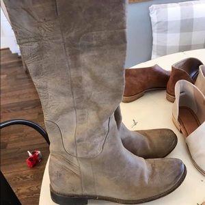 Frye Paige Boots size 8.5. VGUC